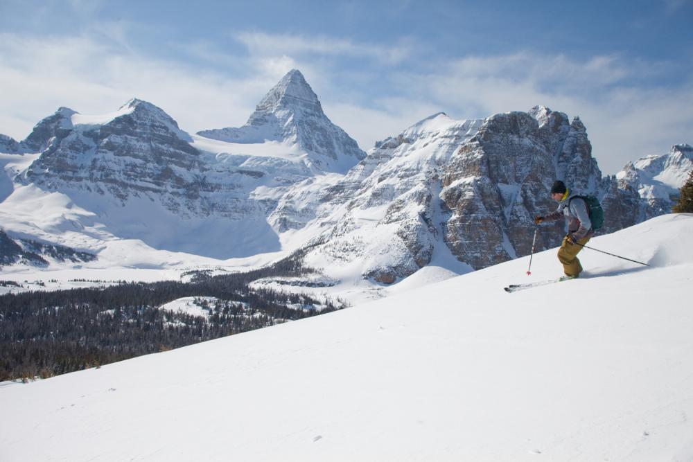 The Winter Experience | Assiniboine Lodge